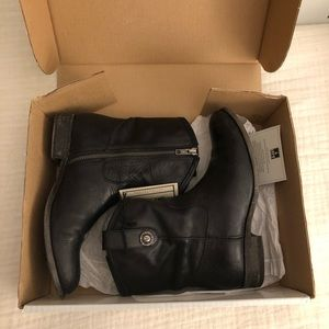 Melissa Button Short Frye Boot